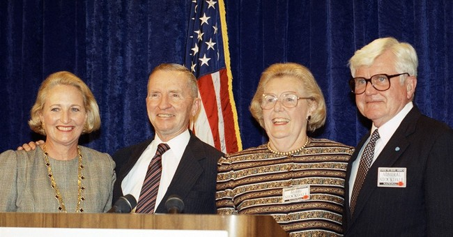 Sybil Stockdale, who fought to end torture of POWs, dies