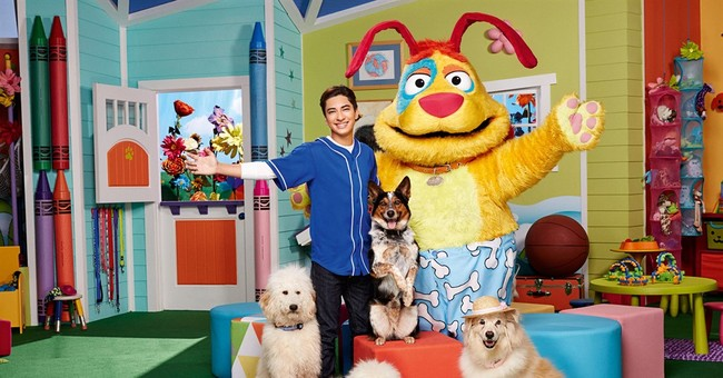 H.R. Pufnstuf, child of the '60s,  visits Nickelodeon show