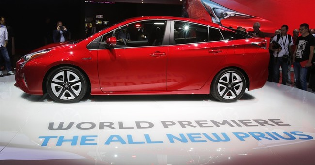 Toyota promises better mileage and ride with Prius hybrid