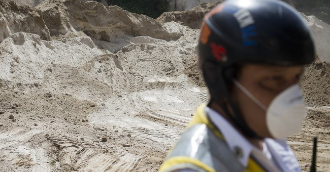 Guatemala ends search for victims of slide that killed 280