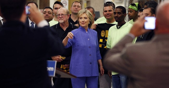 Debate day-after: Sanders raises cash, Clinton camp pleased