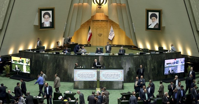 In final step, top Iranian council approves nuclear deal
