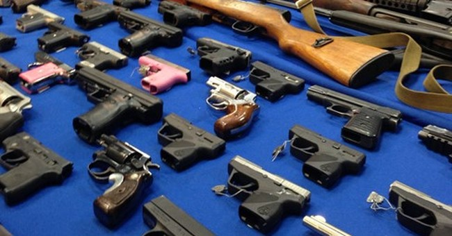 8 arrested in scheme to smuggle guns in buses into NYC