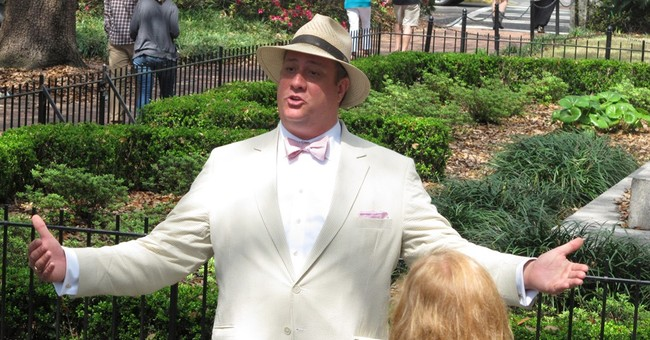 Savannah prepares retreat in speech fight with tour guides