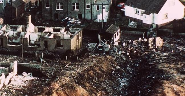 Scottish prosecutors: 2 Libyans are Lockerbie bomb suspects