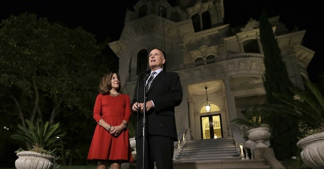 Gov. Jerry Brown, first lady to move into historic mansion