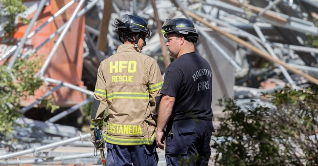 6 pulled from rubble after scaffolding collapse in Houston