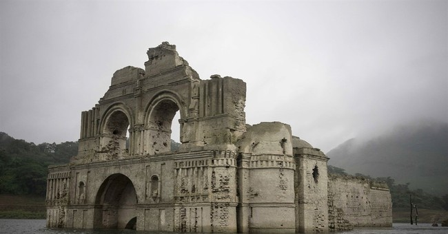 Colonial church emerges from falling Mexican reservoir