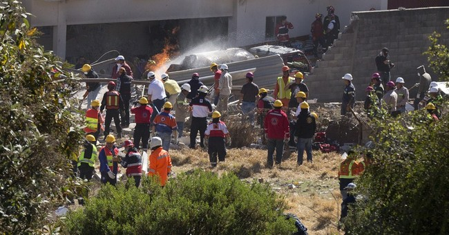 Gas blast wrecks Mexico children's hospital, killing 3