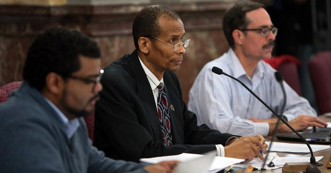 St. Louis police review board hearing cut short over scuffle
