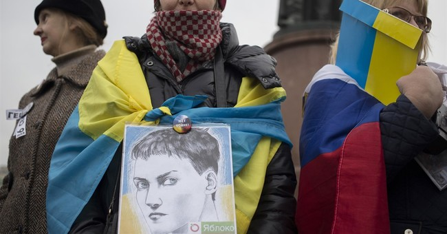 Small group protests in Moscow against Syria airstrikes
