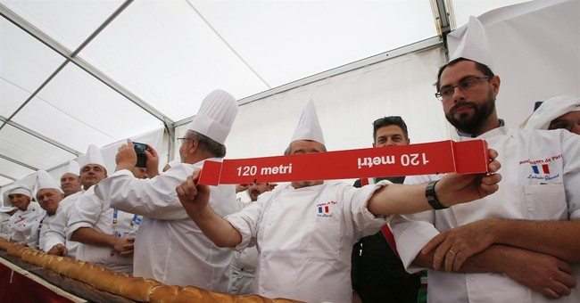 Guinness declares the longest baguette at 400 feet in Italy