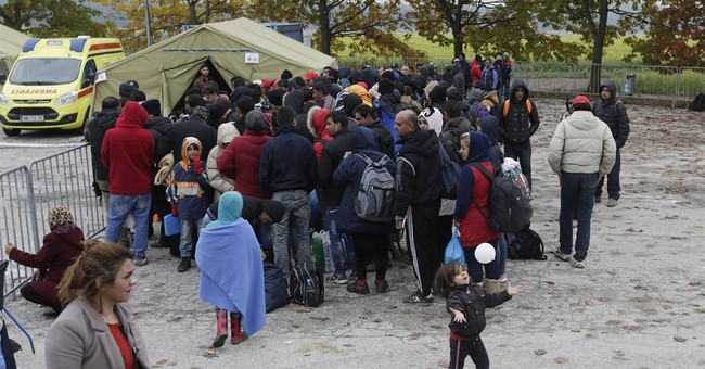 Thousands stranded on new migrant route through Europe