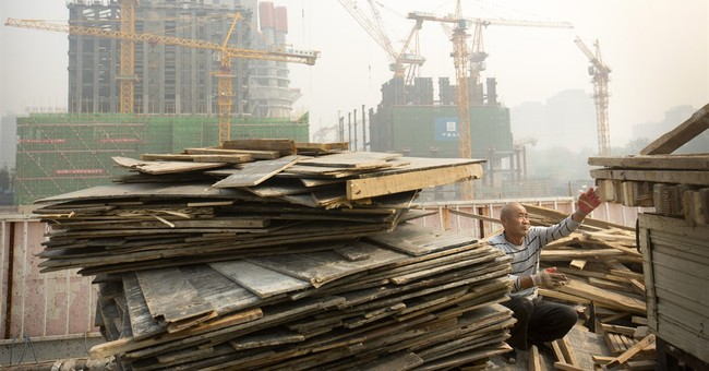 China's economic growth declines to 6-year low