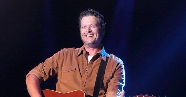 Blake Shelton sues In Touch Weekly over rehab story