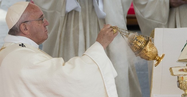 Pope rallies bishops to press climate call before Paris meet