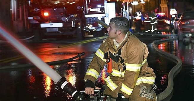 The Latest: Police identify 5 killed in Kentucky fire
