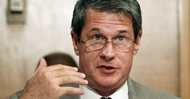 Scandal doesn't shake Vitter campaign in La. governor's race