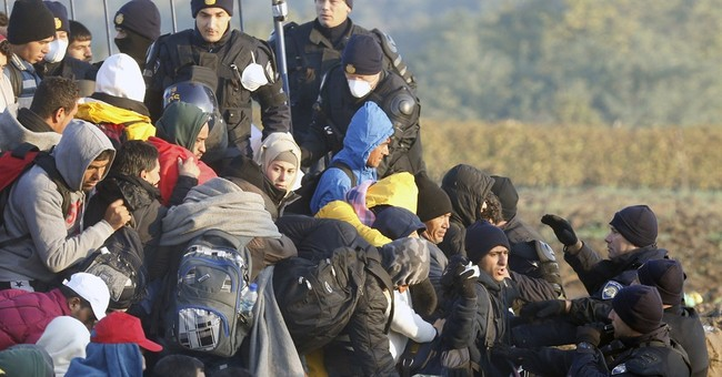 EU calls Sunday migrants summit in Brussels