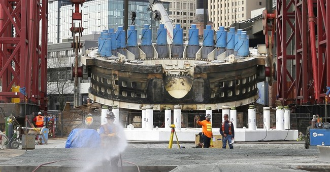 Officials announce delay for troubled Seattle tunnel dig