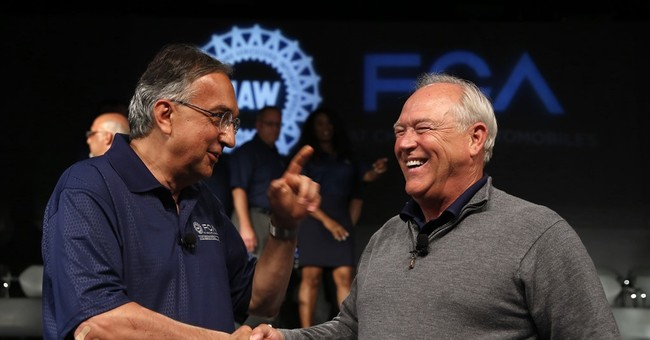 UAW approves new contract with Fiat Chrysler