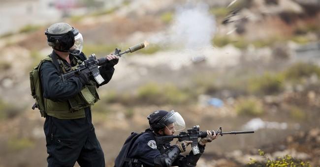Israel lifts Muslim age limit at Jerusalem shrine