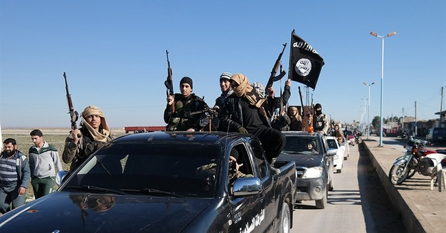 Despite US-led campaign, Islamic State rakes in oil earnings