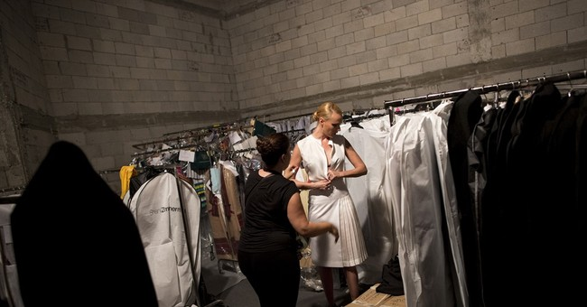 AP PHOTOS: Israel fashion week displays talent amid tensions