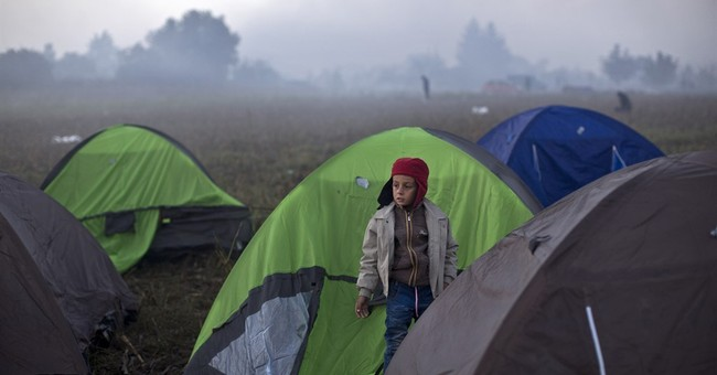 Serbia, Croatia to speed up refugee flow across their border