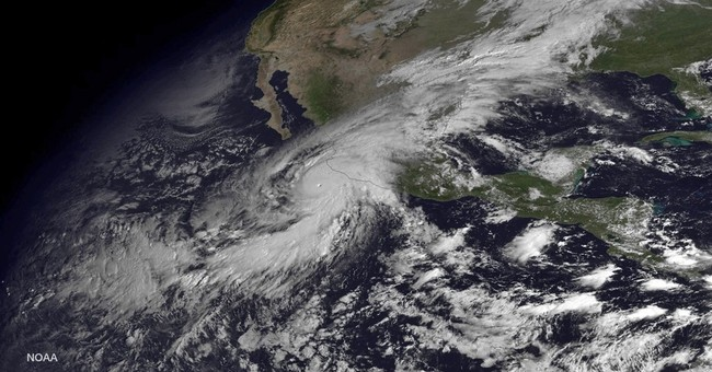 The Latest: Patricia rapidly weakening in Mexico mountains