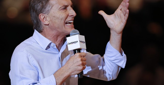 Opposition's Mauricio Macri leads in Argentina elections