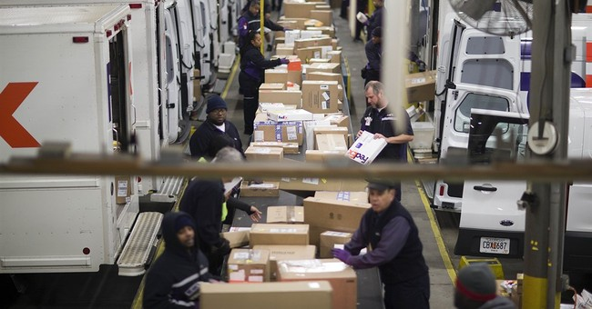 FedEx predicts 12 percent increase in holiday shipments