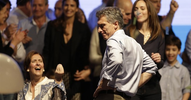 After surprising election, top 2 Argentine candidates reset