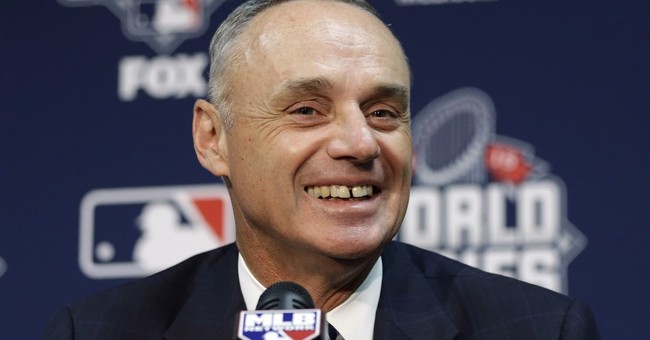 Manfred says MLB must improve minority hiring