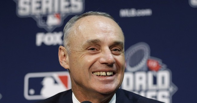 Manfred says MLB must improve minority hiring
