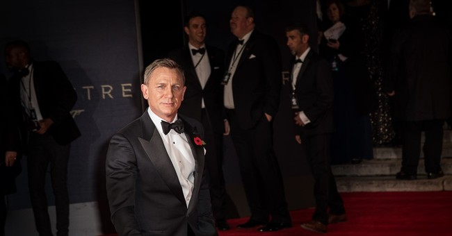 Royals and 007 cast give sparkle to 'Spectre' world premiere