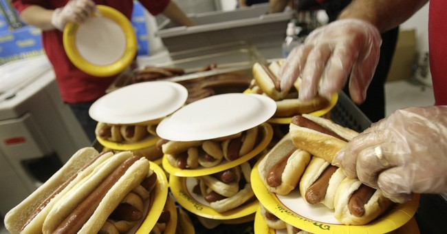 Hot dog makers, meat sellers shake off WHO cancer report