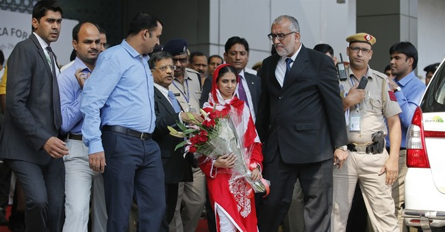 Woman back in India 12 years after straying into Pakistan