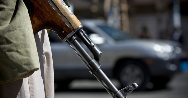 Yemen's Shiite rebels reject agreed federal plan