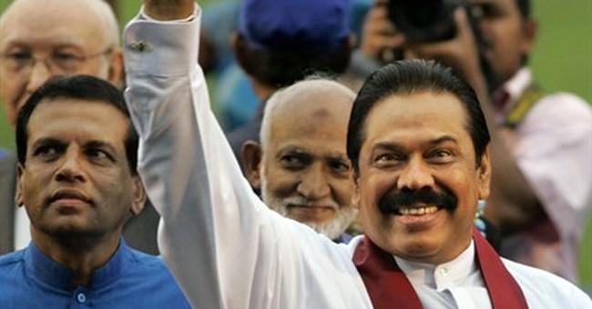 Political revolt roils Sri Lanka presidential vote