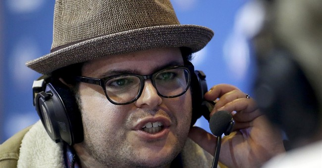 Josh Gad rooting for 'Frozen' co-star Menzel at Super Bowl