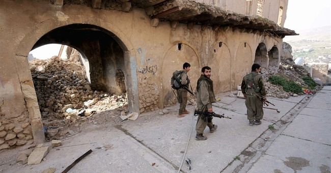 Kurd allies fighting IS in north Iraq hampered by rivalries