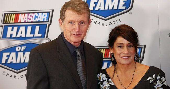 Elliott headlines 5 drivers in NASCAR Hall of Fame class