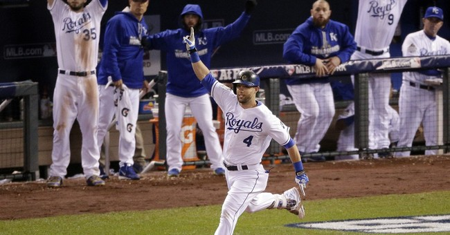 The Latest: Royals take 2-0 lead in World Series