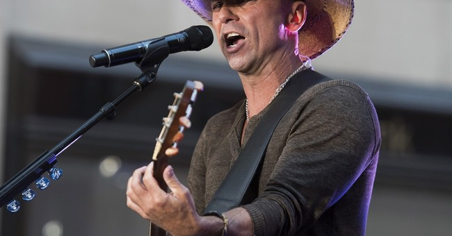 Chesney playing Pittsburgh a 2nd time since fans' infamy