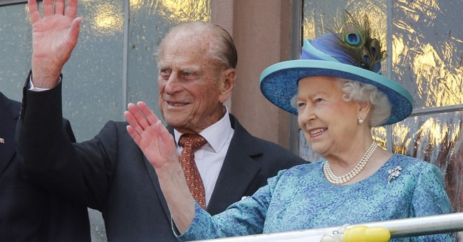Queen to lead royals on Malta trip for Commonwealth meeting