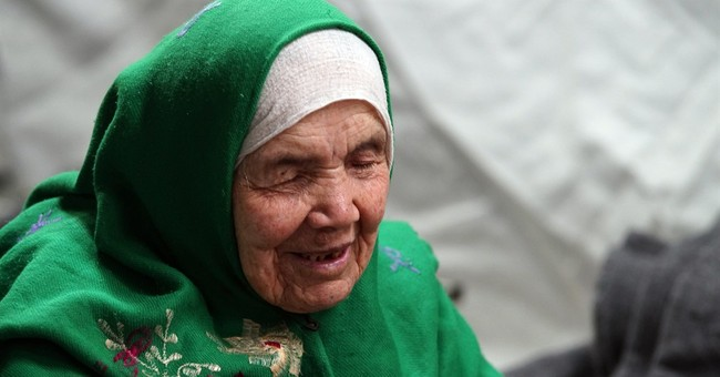 105-year-old Afghan refugee seeks better life in Europe