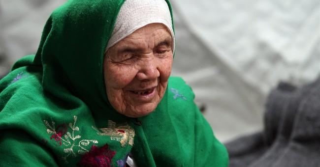 105-year-old Afghan refugee seeks better life in Europe