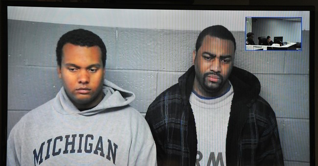 2 Detroit cops accused of stealing from people they stopped