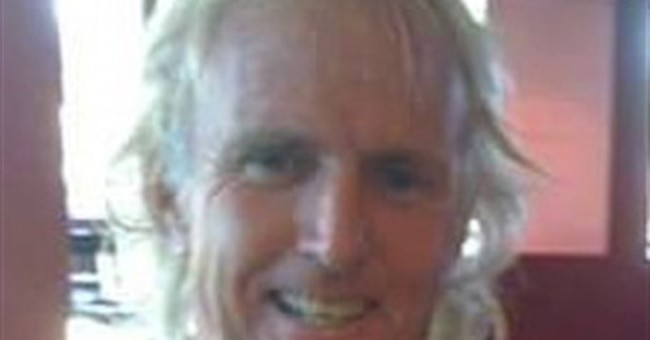 Rescue crew searching for missing big-wave surfer in Hawaii